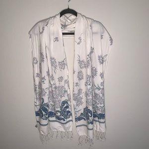 Gap floral & paisley print fringe summer scarf